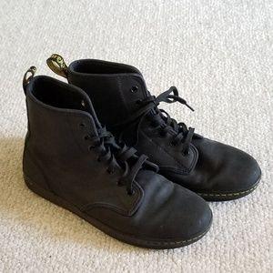Dr Martens Shoreditch shoes size 9